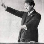 Mengelberg conducts